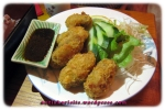Entree - Kaki Fry: Crumbed oysters deep fried